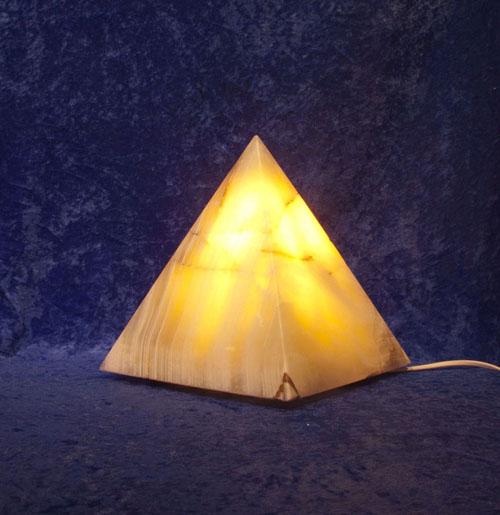 Calcit-Leuchte Pyramide